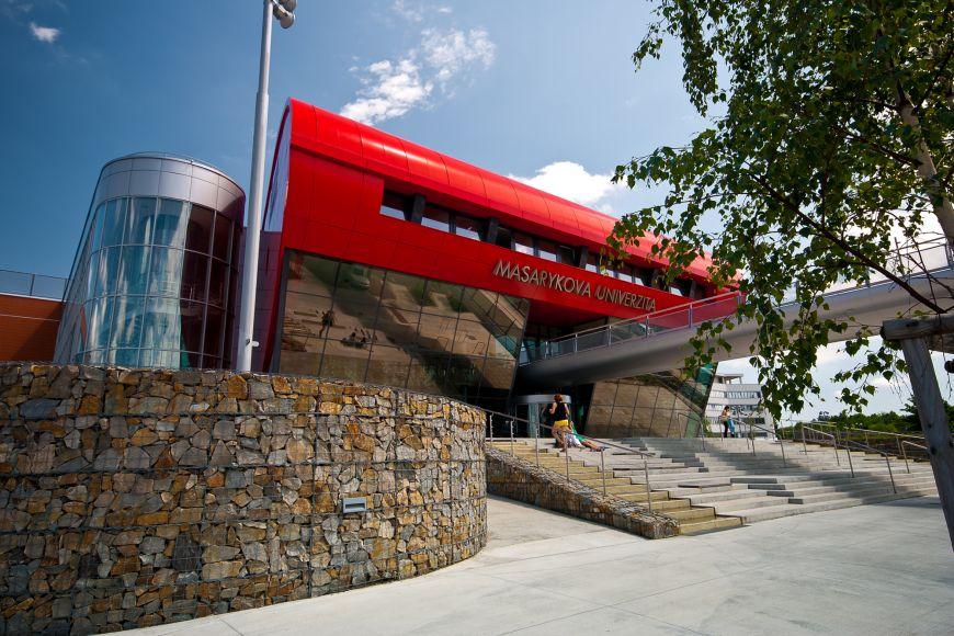 Univerzitní kampus vměstské části Bohunice je sídle tří fakult ivýzkumného institutu CEITEC MU.