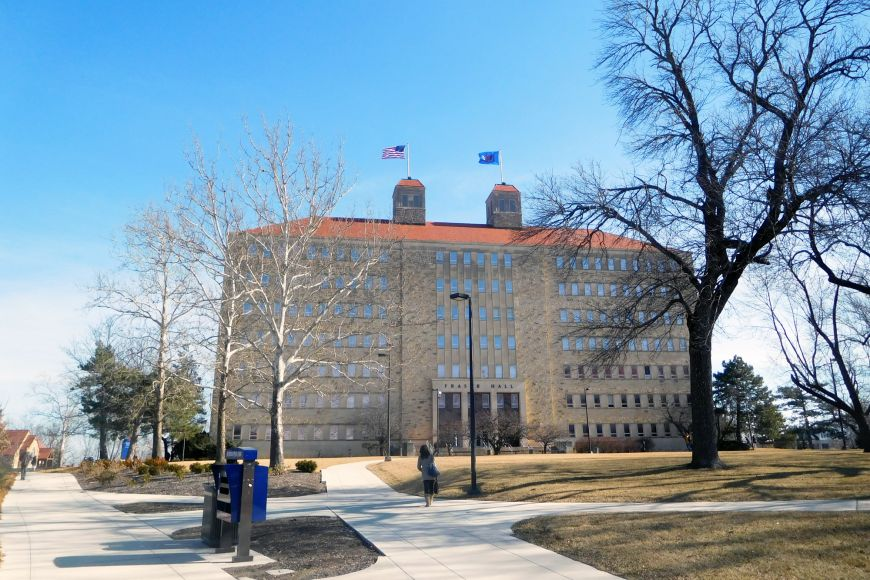 V kampusu Kansas University.