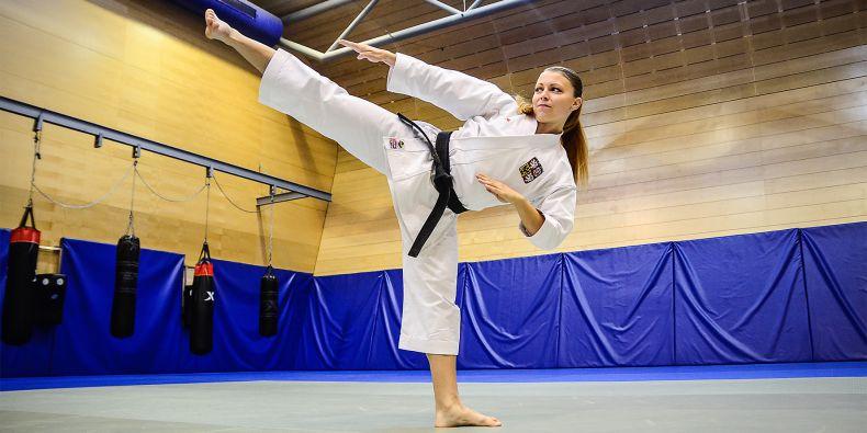Veronika Mišková na šampionátu vChorvatsku bojovala sangínou, přesto získala medaili vdružstvech.