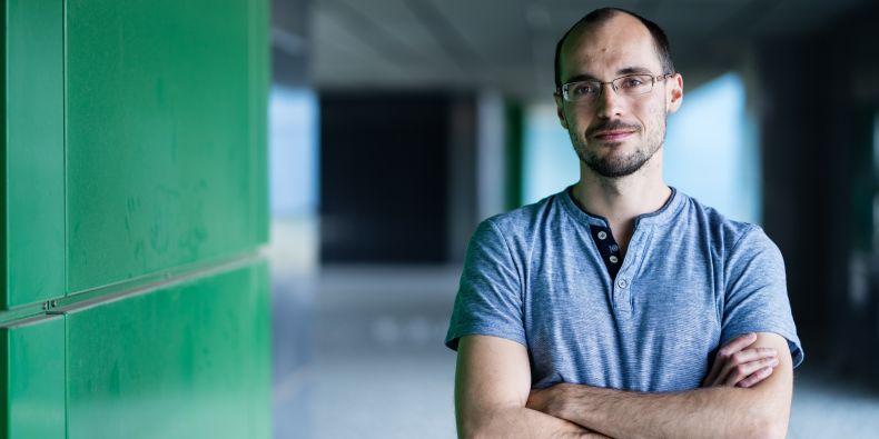 Karol Kaiser z výzkumné skupiny Vítězslava Bryji studoval bílkovinu s názvem Wnt5A.