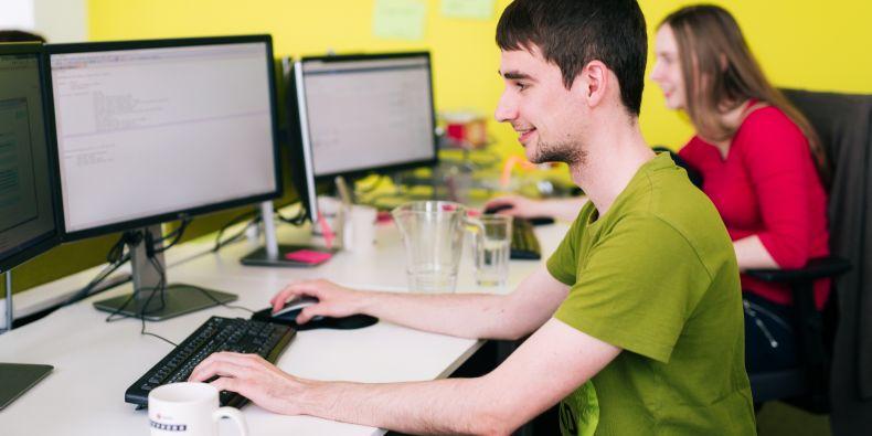Studenti se v akademii zlepší třeba v programování v jazyku C#.