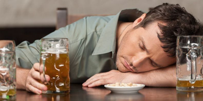Špatné pití opilý