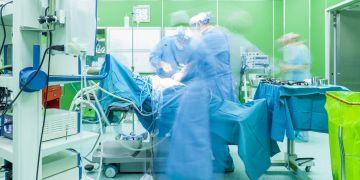 Průměrný věk lékařů vČeské republice je 48 let a má se dále zvyšovat.