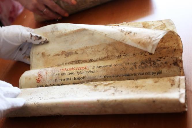 Objevená pamětní listina podepsaná Masarykem.