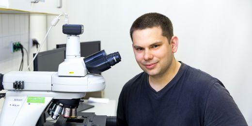 Výsledky z laboratoří v Minneapolis jsou podle Marka Joukala slibné. Rád by tedy metodu, kterou využíval, zavedl i na Muni a vybudoval tu novou laboratoř.