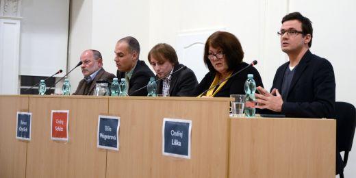 V debatě se utkali (zleva) zakladatel někdejšího Občanského fóra a politik Petr Havlík, politolog Roman Chytilek, senátorka Eliška Wagnerová a předseda Strany zelených Ondřej Liška.