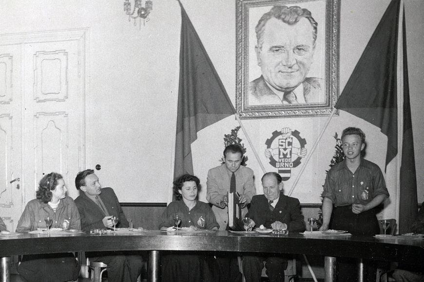 Do čela moravské metropole se vroce 1949 vrámci akce Mládež vede Brno na tři dny dostal cukrářský učeň Josef Novotný.