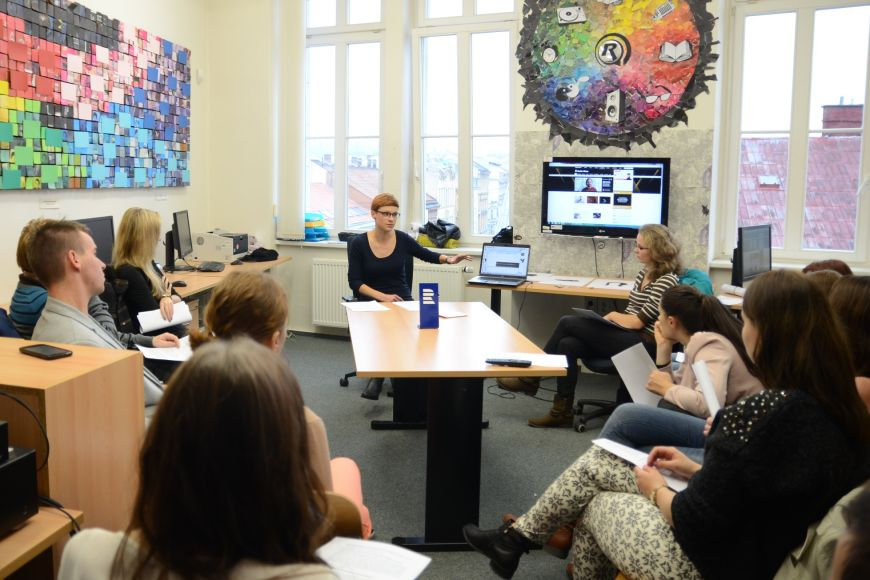 Program nabídl ipraktické workshopy, třeba rozhlasový sBarborou Šichanovou zRadia Wave
