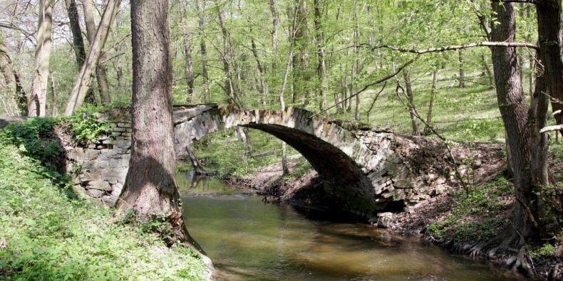 Most přes Bobravu u Spáleného Mlýna.