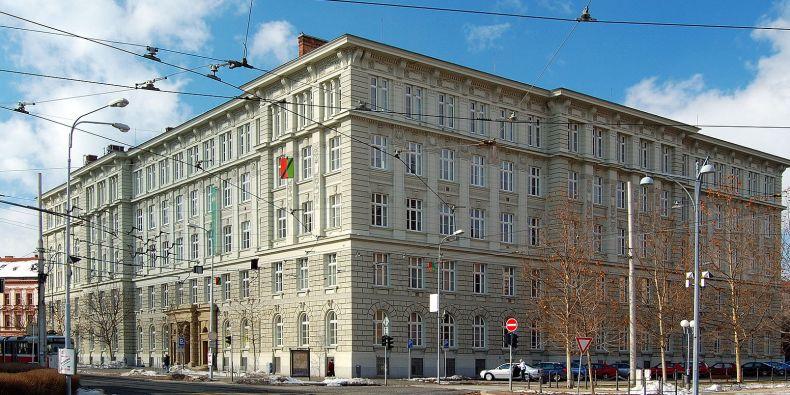 V budově na Joštově dnes sídlí Fakulta sociálních studií MU.