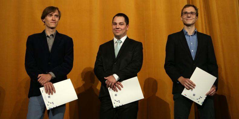 Hynek Cígler, Ondřej Hylse a Valdemar Švábenský dostali cenu za studentský podíl na výuce.