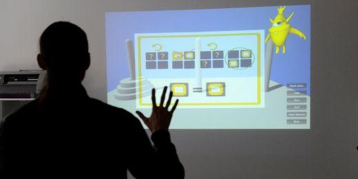 Dětem s autismem pomůžou interaktivní hry vyvinuté psychology a informatiky Masarykovy univerzity.