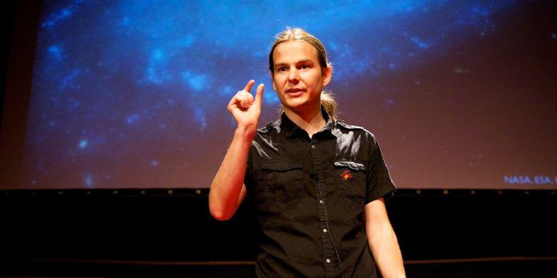 Norbert Werner působí na MU už několik let.
