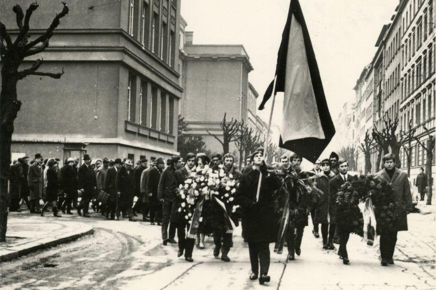 Tryzna za Jana Palacha byla na dlouhou dobu jedním zposledních známek odporu proti totalitě. Pak následovala normalizace.