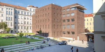 Dokončení rekonstrukce budov C a D znamená pro zbývající část Filozofické fakulty MU, že už nebude muset žít v provizoriu.