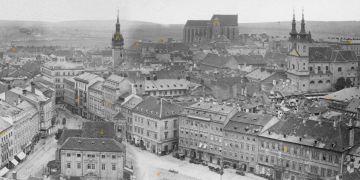 Pohled na Brno a srovnání současnosti se stavem z roku 1867 nabízí podprojekt encyklopedie panorama.brna.cz.