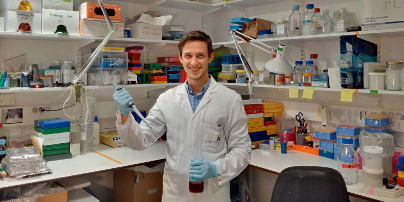 At secondary school, I couldn't decide whether I should study medicine or molecular biology. The P-Pool programme fitted both bills for me, Jakub Sumbal explains.