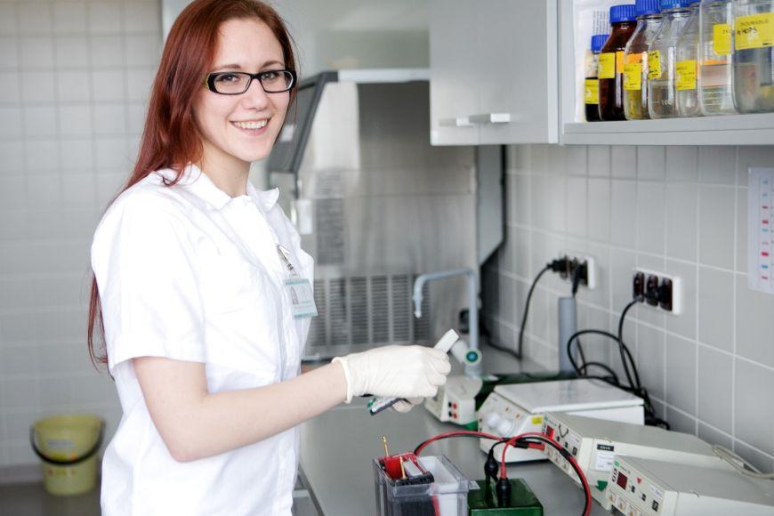 Doktorandka Michaela Galoczová působí vRegionálním centru aplikované molekulární onkologie vMasarykově onkologickém ústavu.