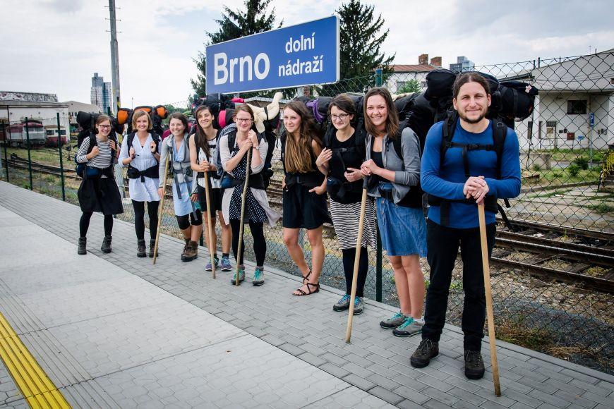 Část výpravy při návratu do Brna.
