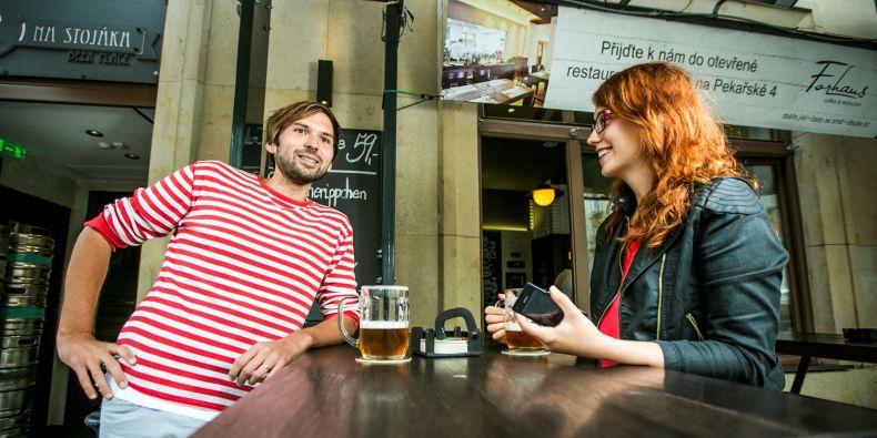 Jedno z nejoblíbenější míst, kam na pivo, je Jakubské náměstí.