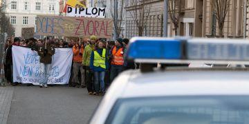 Začátkem loňského roku protestovaly v ulicích Brna stovky studentů v rámci Týdne neklidu.
