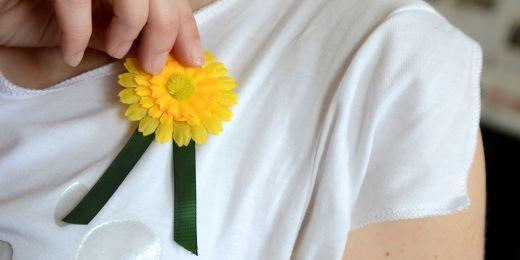 Květy měsíčku lékařského, které ve středu 15. května zaplavily ulice měst při Českém dnu proti rakovině, upozorňovaly na rakovinu tlustého střeva.
