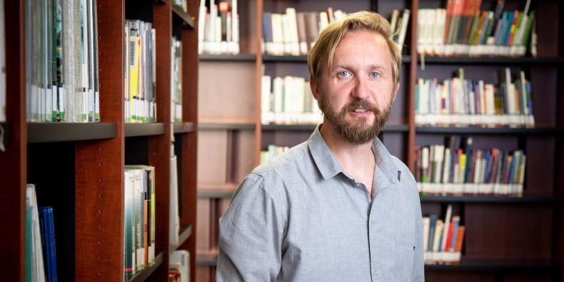 Roman Baláž z Fakulty sociálních studií MU.