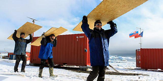 Výzkum v Antarktidě se rozšiřuje a s ním se zvětší i stanice. Místo 15 obyvatel jich bude schopná pojmout dvacet. Foto: Miloš Barták.