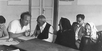Výzkumníci vyzpovídali více než pět tisíc lidí, aby zachytili podobu mluveného jazyka. Foto: Archiv AV ČR.