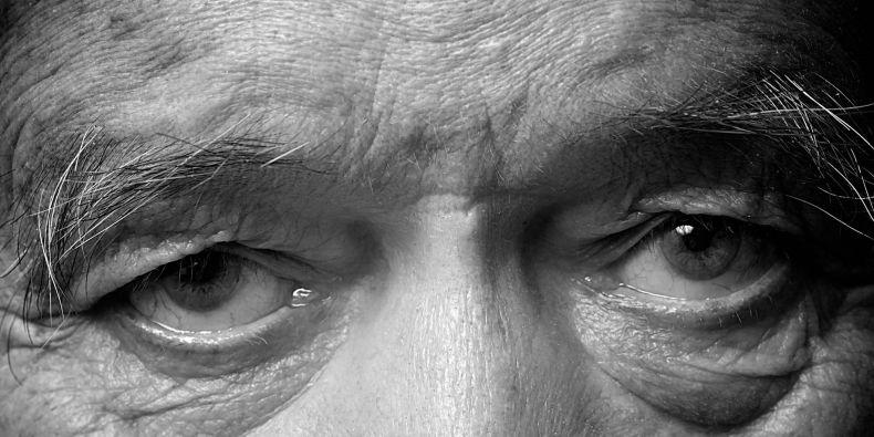 Počet lidí postižených Alzheimerovou chorobou roste s tím, jak se zvyšuje počet starších lidí v populaci.