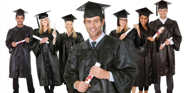 Na získání vysokoškolského titulu není nikdy pozdě.