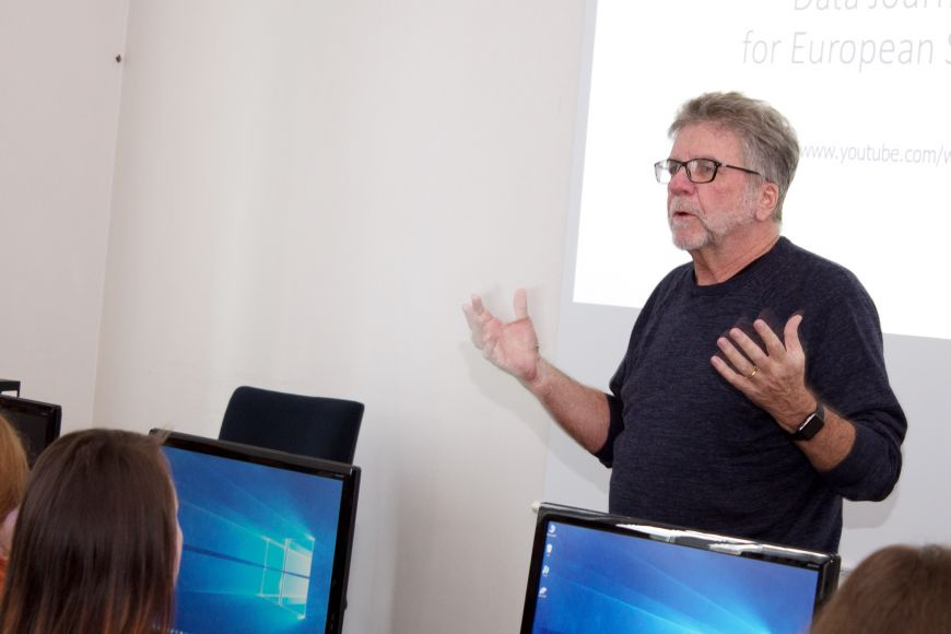 Stephen Doig is teaching Data Journalism and Reporting Public Affairs at the Faculty of Social Studies.