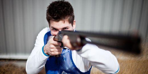 Na olympiádě v Londýně byl sportovní střelec Jakub Tomeček jedním z nejmladších účastníků soutěže skeetařů. Foto: Ondřej Surý.
