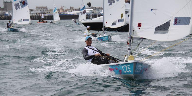 Jachtař Viktor Teplý, student ekonomicko-správní fakulty, na olympiádě v Londýně v roce 2012.
