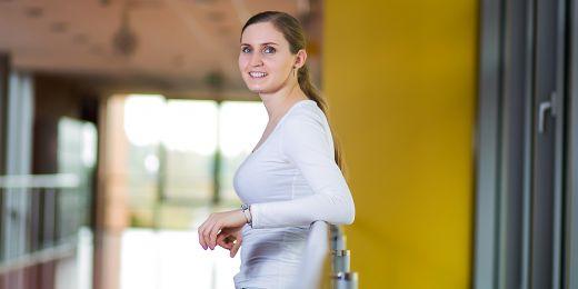 Hana Sedláčková vyrazila sbírat zkušenosti do zahraničí už po magisterském studiu. Chtěla získat nový pohled na věc.