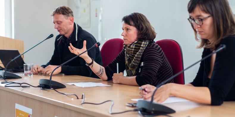 (zleva) Robert Stojanov, Lenka Kissová a Zuzana Lenhartová.