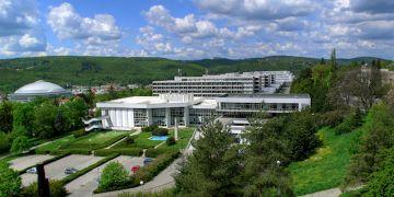 Centrum sídlí v areálu na Vinařské 5.