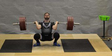 Jiří Gasior opanoval soutěž mužů ve váhové kategorii nad 94 kilogramů, přičemž získal ve dvojboji 320 bodů za zvednutých 180 a 140 kilogramů.