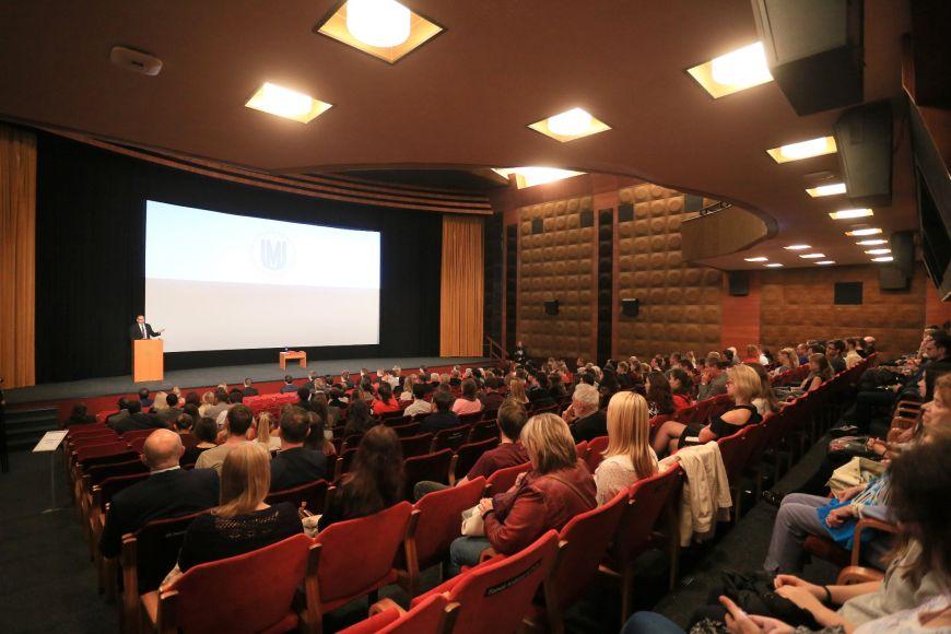 Univerzitní kino Scala při zahájení akademického roku.