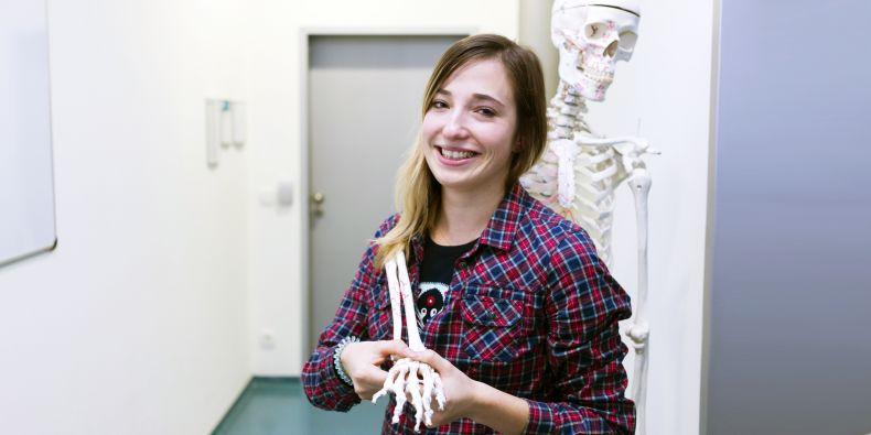Než se Zuzana Kršálová dostala k vlastní práci fyzioterapeutky, chvilku to trvalo. Spoluzaváděla pak do přípravy hokejistů prvky, na které se dřív nedostávalo.