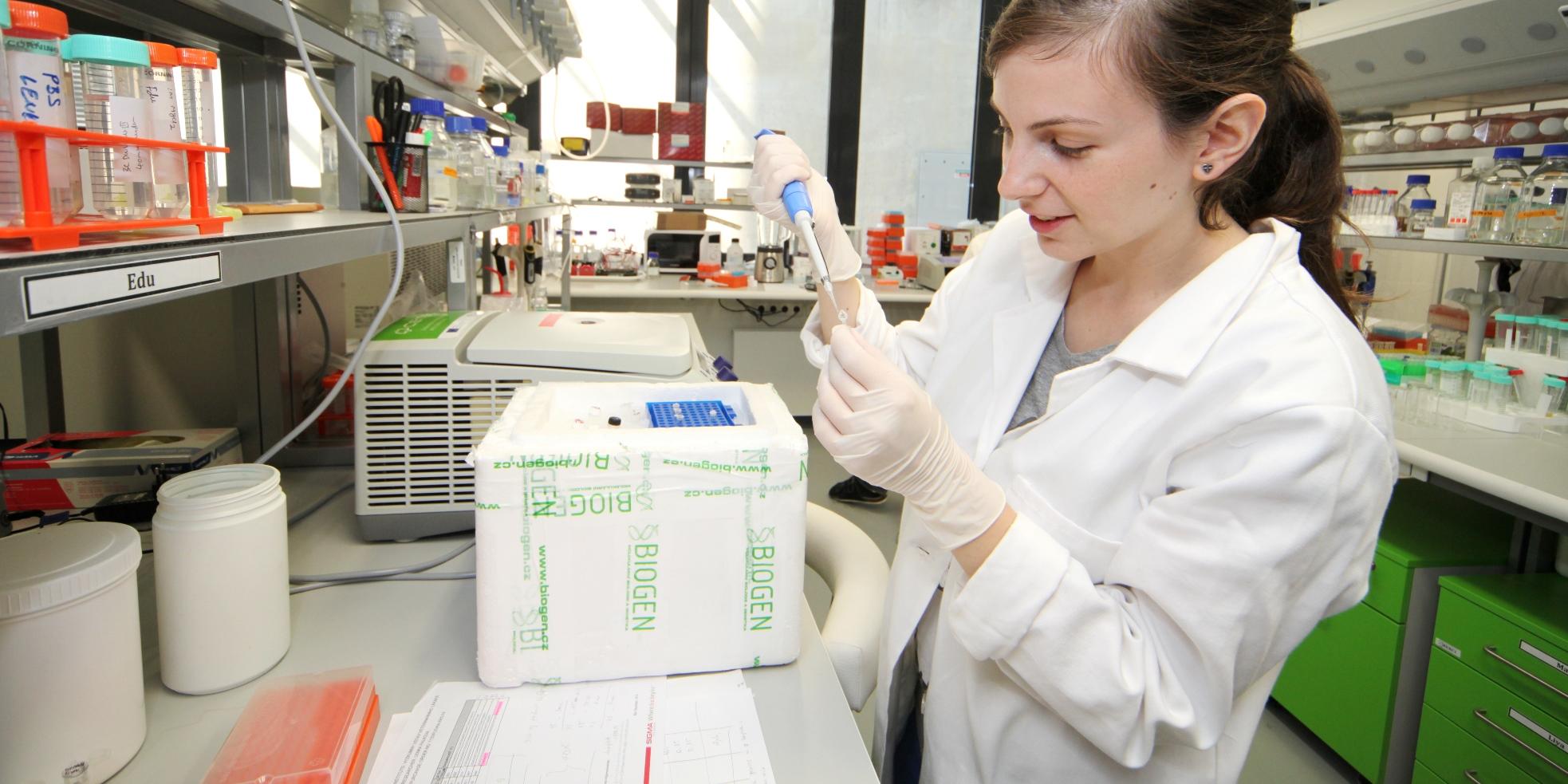 Od spojování proteinů po česko-ruské vztahy. Grantová agentura MUNI už 7 let podporuje výzkum