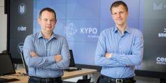 Pavel Čeleda a Jan Vykopal v Kybernetickém polygonu, cvičišti pro trénování počítačových útoků.