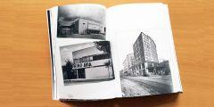 Ukázka z knihy Filmové Brno. Dvoustrana s historickými fotografiemi tří už neexistujících brněnských kin: Výstaviště, Avia a Kapitol.
