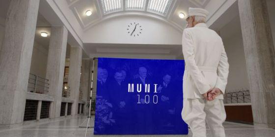 Vizuál kampaně ke 100. výročí Masarykovy univerzity.